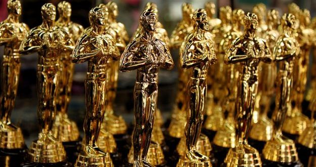 The Oscars - Statuettes - Prayitno Photography